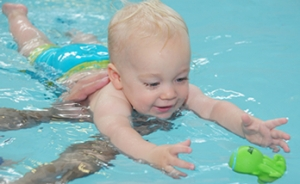 baby_toddler_swimming_lessons_uk_new